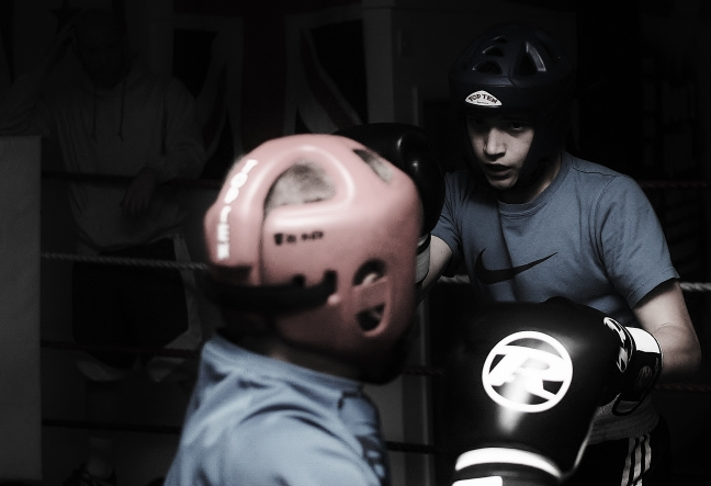 Steven and Niall sparring