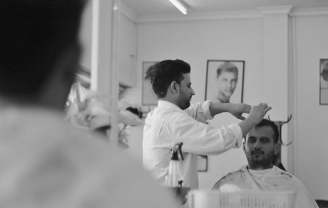 Mr Muni the barber - LU4